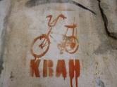 KRAH: artiste grec né au Royaume Uni